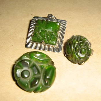 Spinach green Sanford bakelite items - Costume Jewelry