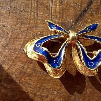 18K Gold & Enamel Ribbon Pendant Brooch Flea Market Find $4.00 - Fine Jewelry
