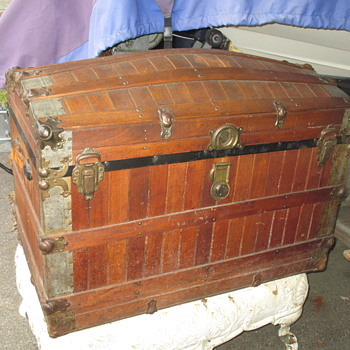 Large Oak Slat Trunk - Furniture