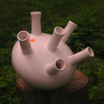 Large Aorta pottery vase planter? - Pottery