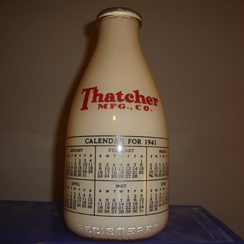 1941 THATCHER CALENDAR MILK BOTTLE - Bottles
