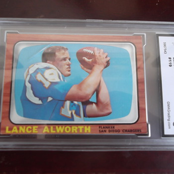 Lance Alworth 1966 Topps Football Card