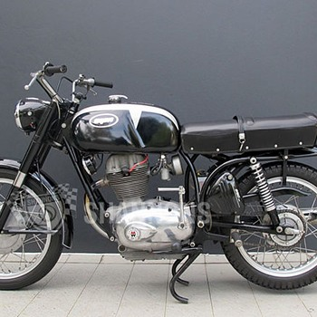 Montgomery Wards Riverside motorcycle 250cc - Motorcycles