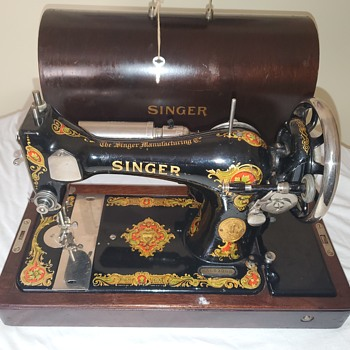 Singer Sewing Machine Mystery - Sewing