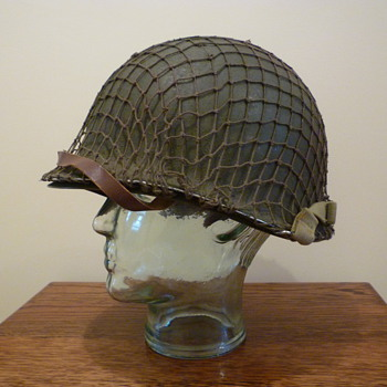 WWII late war American helmet - Military and Wartime