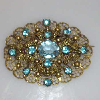 Antique Aquamarine and gold brooch? - Fine Jewelry