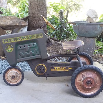 Murray Pedal Tractor - Model Cars