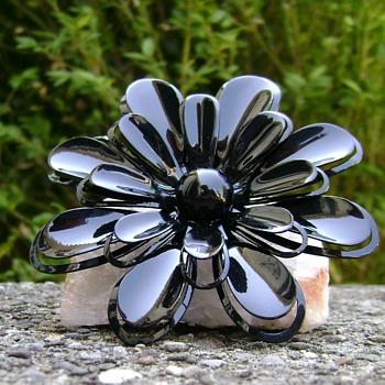 Vintage Enamel Flower Pin - Costume Jewelry