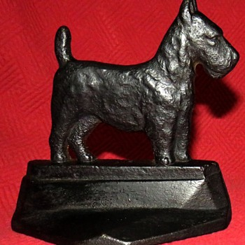 1929 Connecticut Foundry Scotty Dog Bookends - Animals