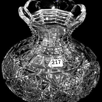 American Brilliant Cut Glass Flower Center 1905 - Glassware
