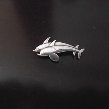 Georg Jensen #317 Double Dolphin brooch