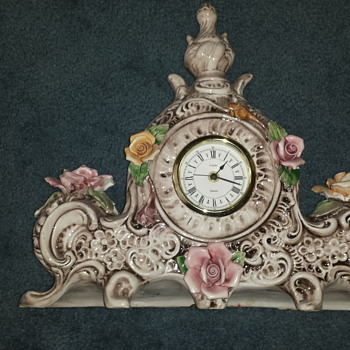 PORCELINE  MADE IN ITALY CLOCK