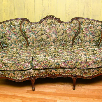 My Favorite Sofa, but whats it worth. - Furniture