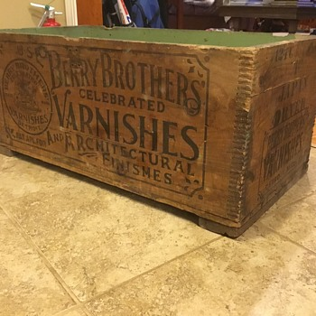 Berry Brothers Varnishes fingerjoint crate - Advertising