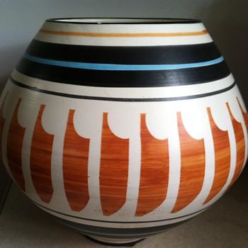 Raymor Pottery - Pottery