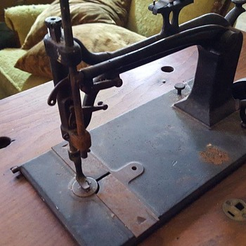 1875 Weed People's Favorite - Sewing
