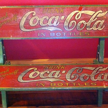 1923 Coca Cola folding wooden bench. - Coca-Cola