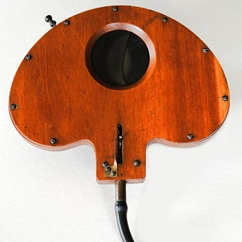 Weller Wing Wooden Shutter, 1890s (the beauty of early camera shutters #4)