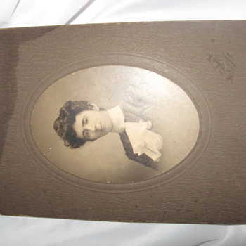 Cabinet Card Photo - Photographs