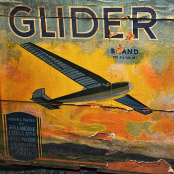 Glider Fruit Box - trash find! - Advertising