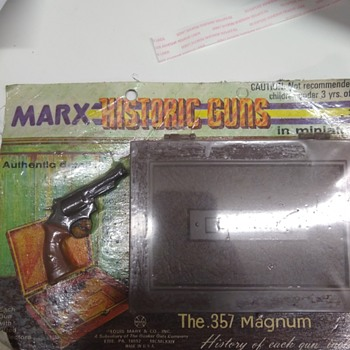Marx historic guns the .357 magnum miniature cap gun nos - Toys