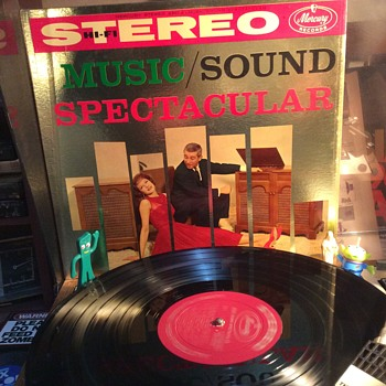 Stereo typical 1959  - Records