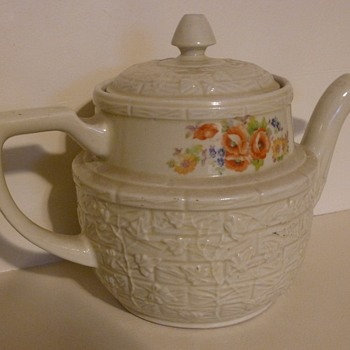Drip-O-lator Teapot - China and Dinnerware