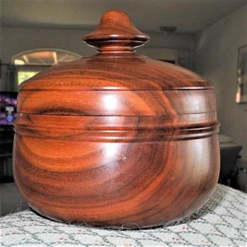 W.L.Senft turned Walnut Box - Furniture