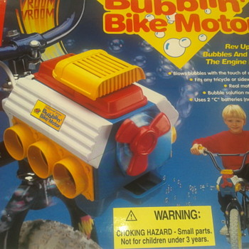 NEW..VERY  RARE BIKE Bubble Motor Blower Toy 1994