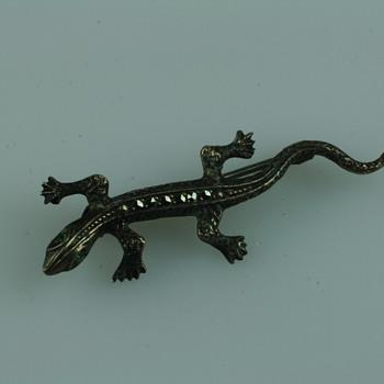 Small lizard silver and marcassite brooch - Fine Jewelry