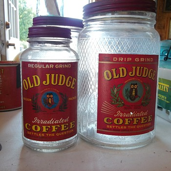 VINTAGE 1 LB AND 3LB COFFEE JARS - Kitchen