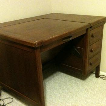Secretarial/Typwriter Desk