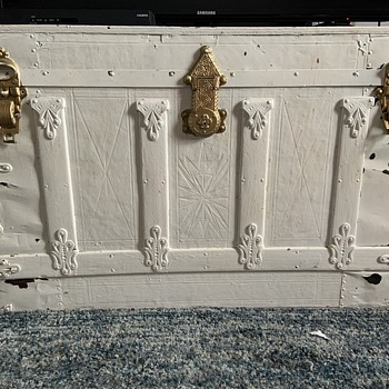 Looking for Trunk info! - Furniture