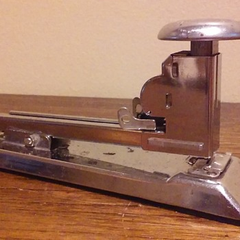 PILOT stapler by ACE FASTENER CORP. - Office