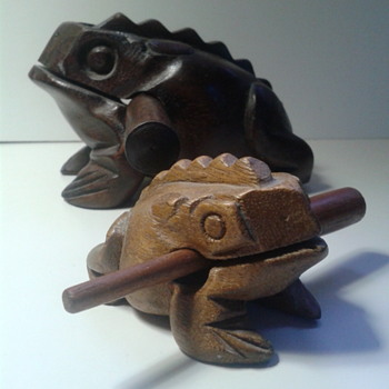 "Vintage hand carved FROGs ""xylaphone"" Musical wooden instrument - Animals"