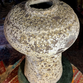 Interesting Volcanic Vase I found today - Pottery
