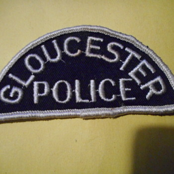 Gloucester Police patch - Medals Pins and Badges