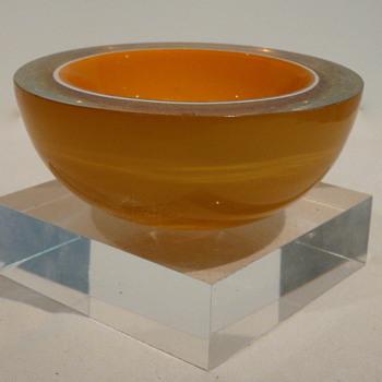 GEODE TRI-COLOUR BOWL. - Art Glass