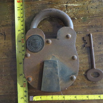 Antique Pullman  Rail Road lock HUGE - Railroadiana