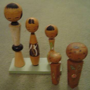 Other kokeshi (1960s & non-nodders) - Dolls