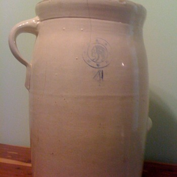 possible butter churn? - Pottery