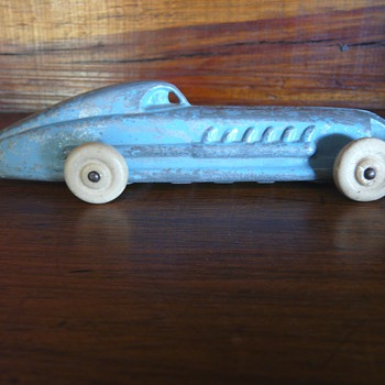 Cast Iron Toy Race Car, Hubley or? Can't find maker or history