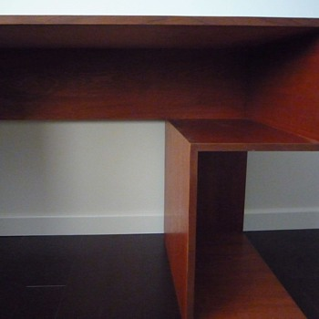 mid century desk-anyone knows the designer? - Furniture