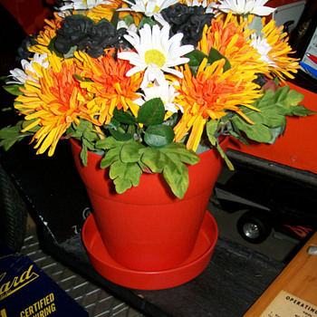 Phillips 66 flowerpot - Petroliana