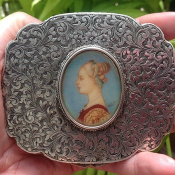Italian Vintage Silver Compact - Accessories