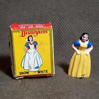 Marx Snow White Disneykins of Snow White and the Seven Dwarves 1961 - Advertising