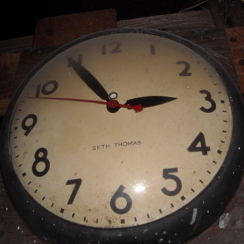 1960 Seth Thomas Industrial School/Wall Clock - Clocks