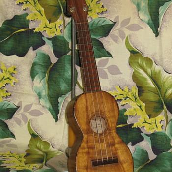 Jose Do Espirito Santo uke - Guitars