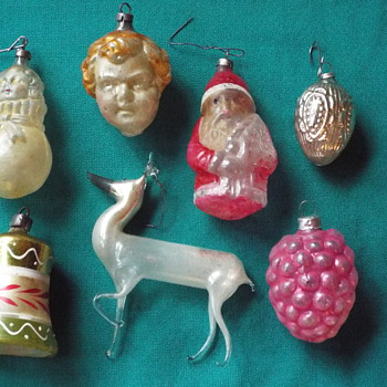 Older Christmas Tree Ornaments