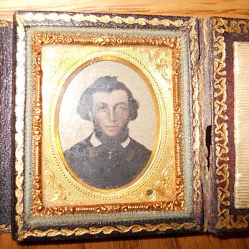 tintype photo looks like Abraham lincoln - Photographs